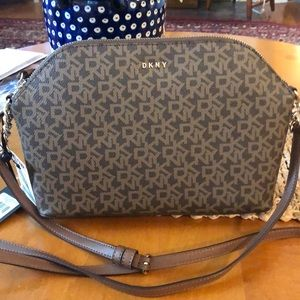 New with tags DKNY bag